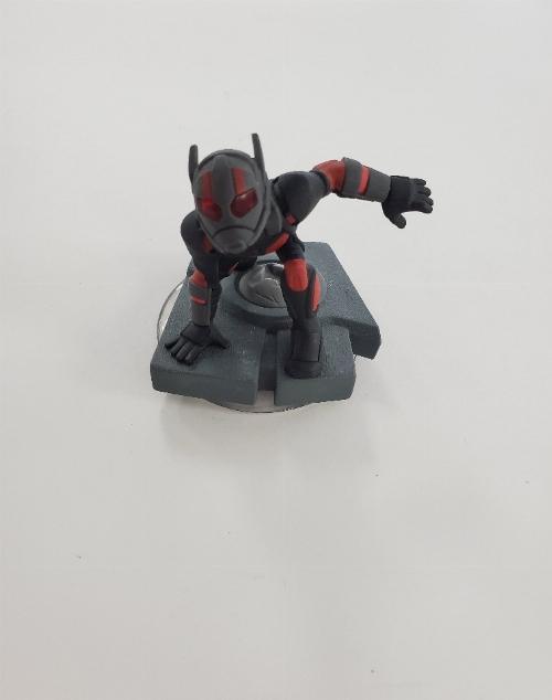 Ant-Man (C)